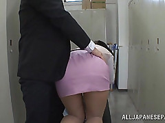 Hana Haruna is a pleasant Oriental sweetheart unfathomable throating cock