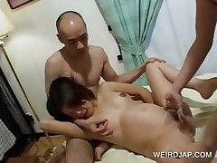 Pregnant asian snatch licked in Three-some