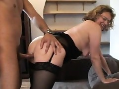 French mature Francoise analfucked in nylons