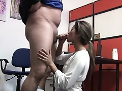 Deepthroat blowjob by amateur