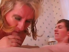 Russian Housewife Act EP45