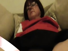 Older dinner lady shows constricted panties upskirt