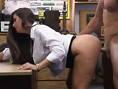 Amateur hottie pounded in the pawnshop to earn supplementary cash